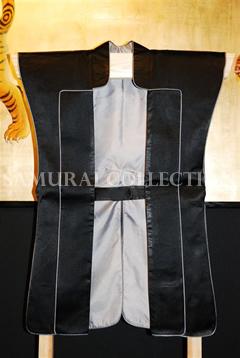 甲冑 サムライコレクション 上杉氏家紋入り(竹二羽飛雀)陣羽織 0023