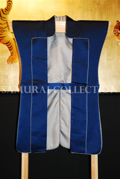 甲冑 サムライコレクション 上杉氏家紋入り(竹二羽飛雀)陣羽織 0026
